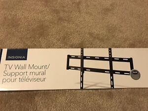 """Brand new Tv mount. Insignia 47-80"""" fixed 120lbs"""