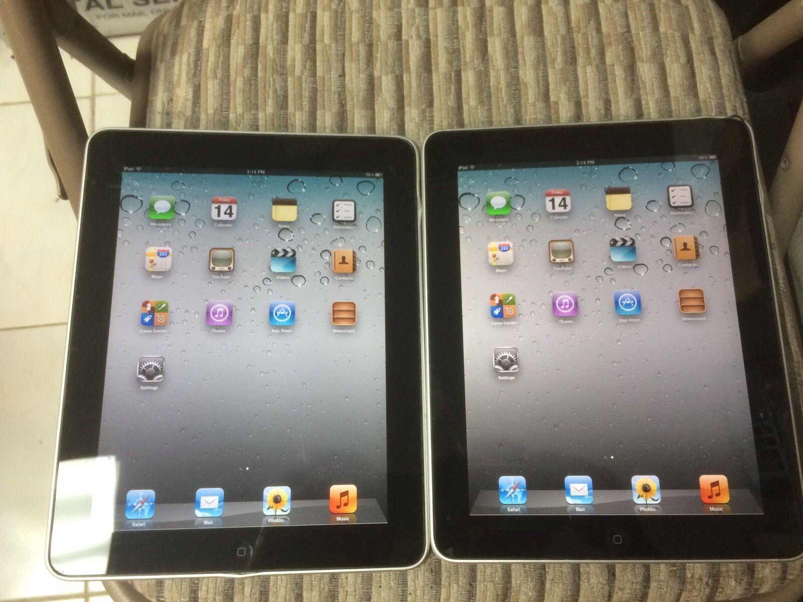 Lots 2 x Apple iPad 1st Gen. 16GB, Wi-Fi, 9.7in - Black