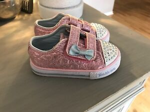 Sketchers Twinkle Toes Toddler Girl Size 6