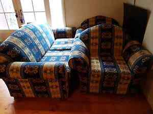 FREE couches Narre Warren Casey Area Preview