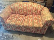 Free Couch Taringa Brisbane South West Preview