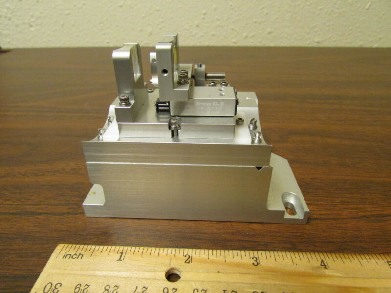 Del-Tron D-1 Lens Goniometer Unit