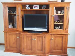 TV DISPLAY CABINET Raby Campbelltown Area Preview