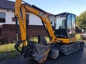 Excavator Hire. 6 tonnes $399/day Padstow Bankstown Area Preview