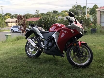 2011 cbr250r with 6months rego and rw