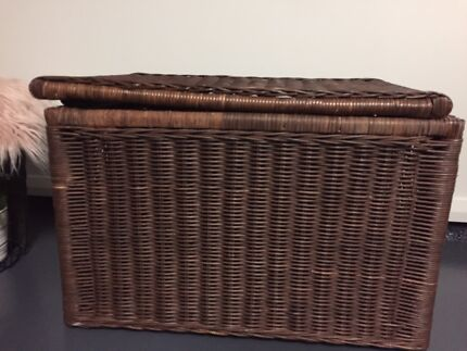Wanted: Cane blanket box