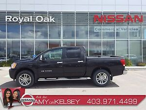 2013 Nissan Titan SL 4X4 ** FULLY LOADED **