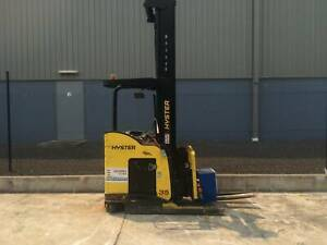 H0387V 3.5T Battery Electric Stand Up Reach Truck Truganina Melton Area Preview