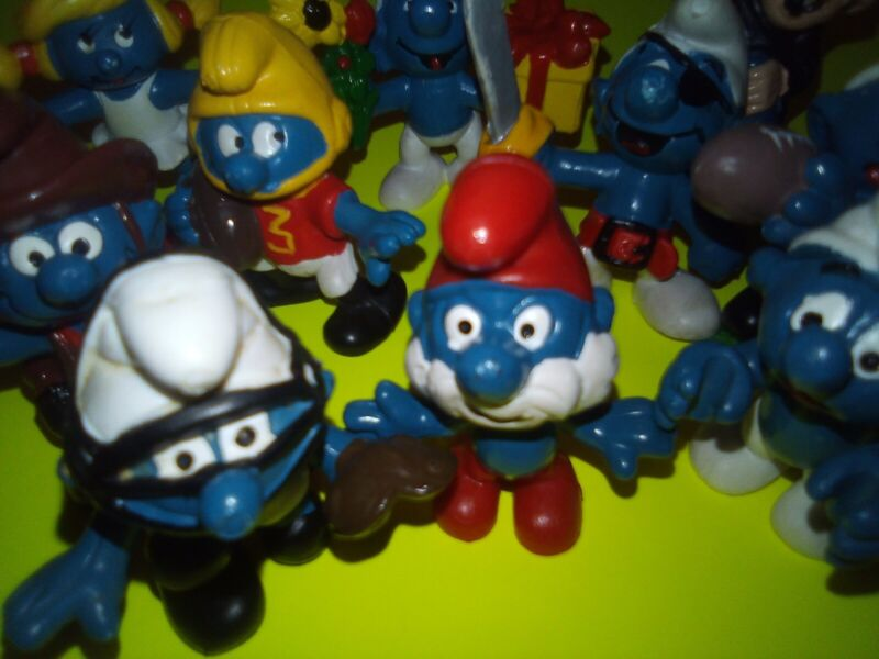 VINTAGE SMURFS (LOT 10) SCHLEICH PEYO- PVC FIGURES EXCELLENT CONDITION 1969-1983