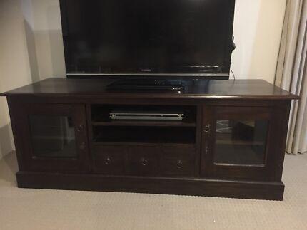 Dark wood TV / entertainment unit