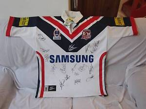 NRL SYDNEY ROOSTERS BNWT 2005 SIGNED JERSEY MEDIUM Ingleburn Campbelltown Area Preview