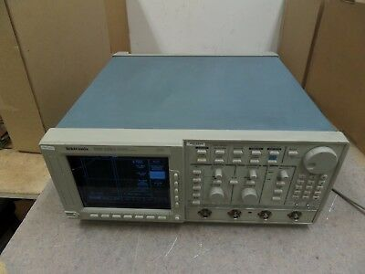 Tds 520a Tektronix Two Channel Digitizing Oscilloscope