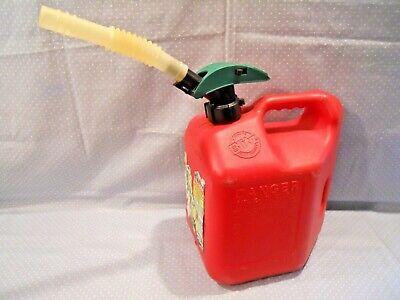 Vtg.blitz Enviro-flo 2 Gallon 8 Oz Gas Can With Spout Extension 2cxg