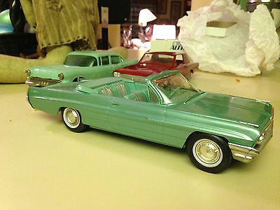1961 Pontiac Bonneville Convertible Dealer Promo Model Car
