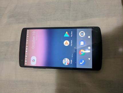 Nexus 5 . 16GB