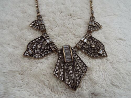 Goldtone Rhinestone Art Deco Bib Scoop Necklace (F39)