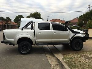 Toyota Hilux sr5 lifted lockers muddies automatic cheap Bexley Rockdale Area Preview