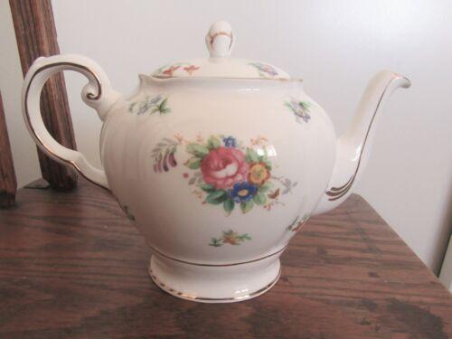 Tuscan Fine English Bone China Made in England teapot Bouquet White Gold trim