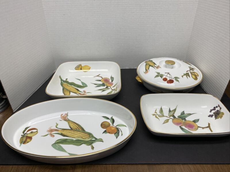 Royal Worcester Evesham Gold Coll. Casserole/Baking Dishes. Made In England!