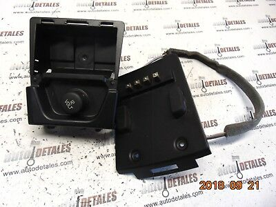 Volvo XC90 REAR CENTER CONSOLE POWER PLUG OUTLET 30643234  used 2004
