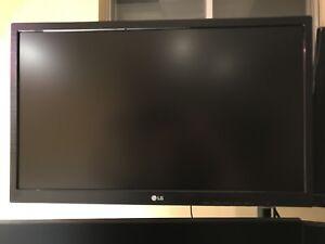 """LG 22"""" Monitor"""