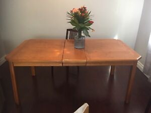 Solid wood Dinner Table & 4 chairs