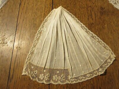 ANTIQUE LACE  1800'S  230 mm x 280 mm