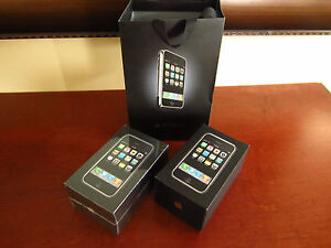 RARE-COLLECTORS-SET-Apple-iPhone-1st-Generation-8GB-AT-T-2G-SEALED