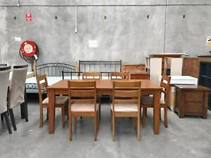 DELIVERY TODAY MODERN 7 pcs WOODEN dining table & 6 chairs