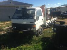 89 Toyota Dyna truck 7ton  tipper or flat tray Weston Weston Creek Preview