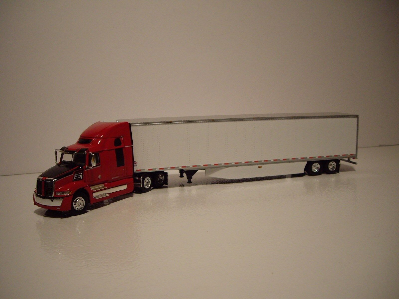 DCP FIRST GEAR 1/64 RED&BLACK WESTERN STAR 5700XE W/T SLEEPER & DRY VAN TRAILER