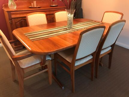 Blackwood Dining Suite Buffet