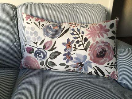 Cushion designer