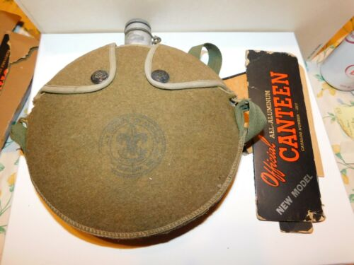 VINTAGE BOY SCOUT COOK KIT & CANTEEN WITH BOX WOOL