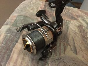 Shakespeare custom65sw spin reel as new condition Camp Hill Brisbane South East Preview