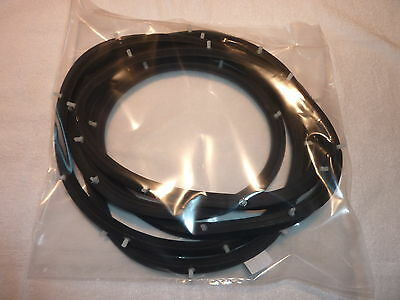 HOLDEN EH BOOT SEAL  (NEW).