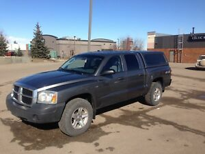 2007 Dodge Dakota Crew Cab 4x4 - 4.7L V8 engine