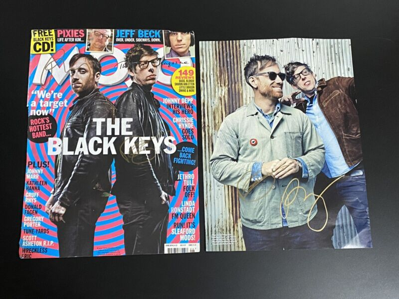 The Black Keys signed cover Patrick Carney Dan Auerbach Howling For You