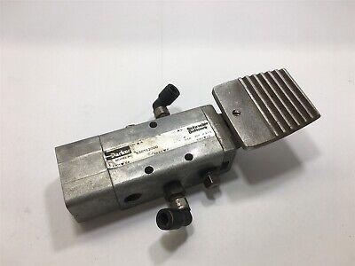 Parker 530712000 Schrader Bellows 200 Psi Solenoid Valve