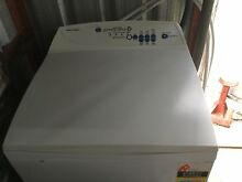 Fisher and Paykel 5.5kg top loader washing machine South Windsor Hawkesbury Area Preview