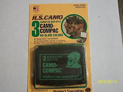 Camoflauge face paint / Hunting Makeup Kit with mirror ( 3 color)