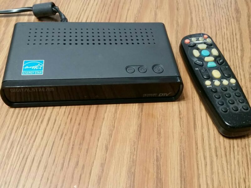 DIGITAL STREAM DTX9900 Digital to Analog TV Converter Box with REMOTE