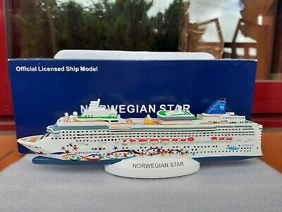Norwegian Star Cruise Ship Model. NCL Cruise Ship Model Modellino Nave. BNIB