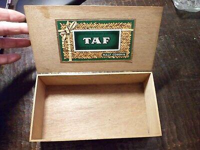 Ancienne boite à Cigares TAF - Half Corona - BELGIUM - 3 Photos