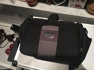 Inexpensive Black Camera Bag