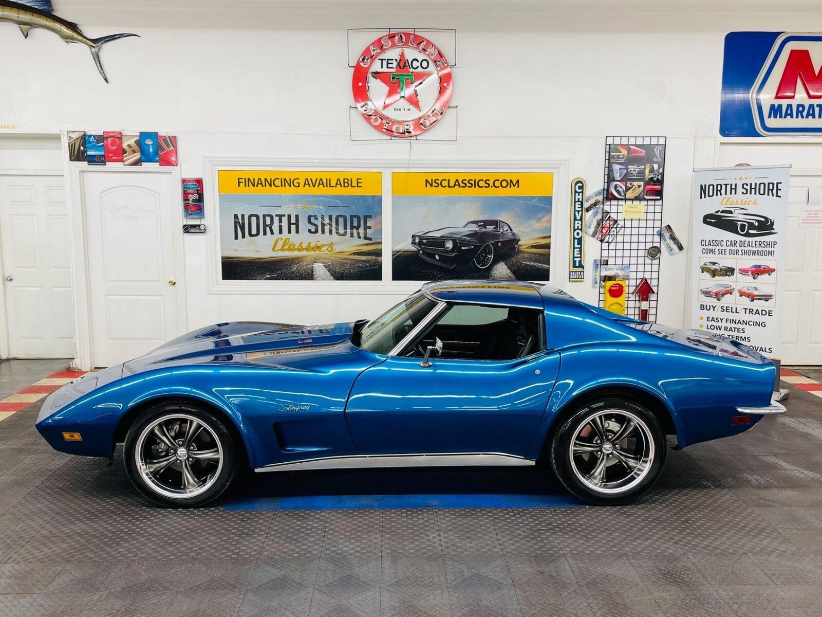 1973 Blue Chevrolet Corvette Coupe  | C3 Corvette Photo 4