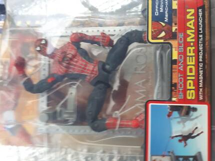 Spiderman shoot and slide