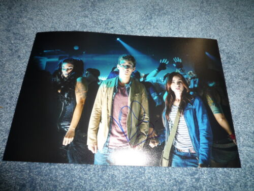ROBERT SHEEHAN signed Autogramm 20x28 IP CHRONIKEN DER UNTERWELT City of Bones
