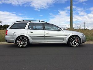 Speedy tracks 20 inch wheels to fit HSV avalanche commodore Outer Bathurst Preview