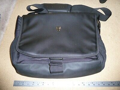 ALIENWARE VINDICATOR GENUINE LARGE PADDED GAMING LAPTOP MESSENGER BAG 13 15 17""